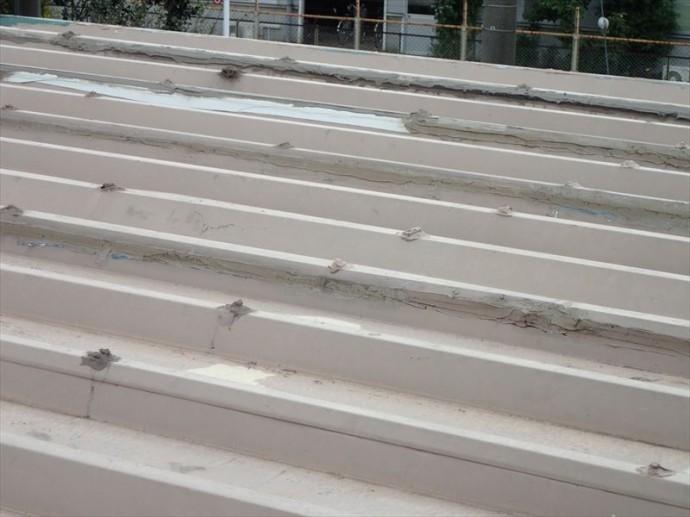 富津市 折板屋根の傷み