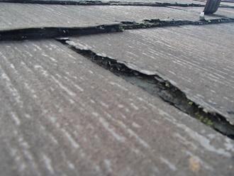 パミール屋根の剝離、塗装は出来ません