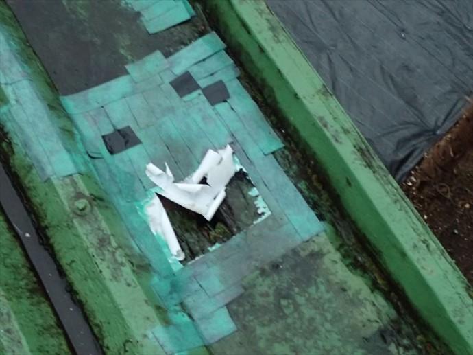 市原市 折板屋根の腐食