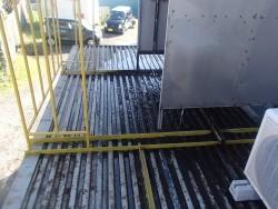 千葉市若葉区若松町でプレハブ屋根から雨漏り、雨漏り解消に強い金属製のICたてひらスタンビーで施工ビフォー