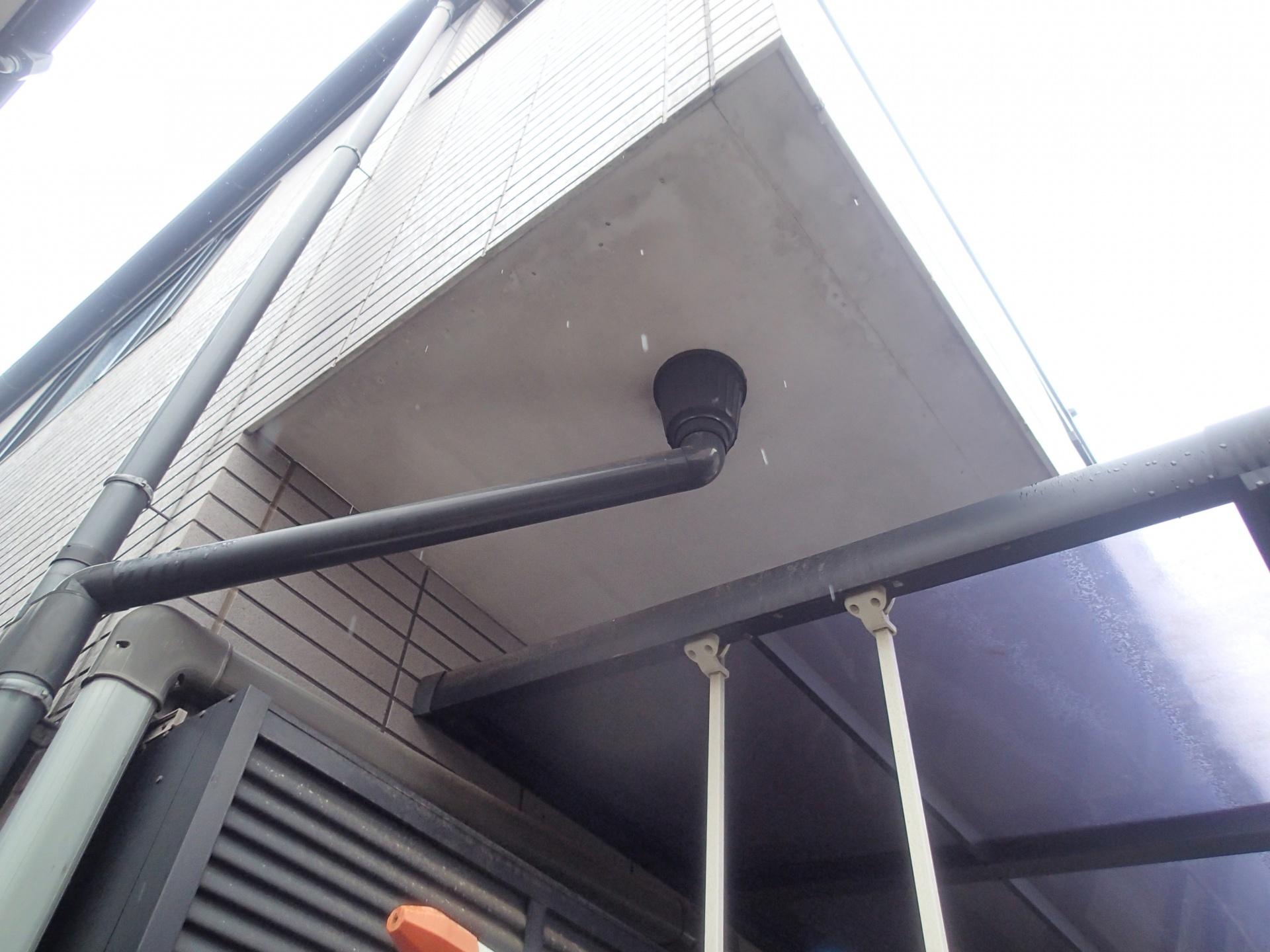 八千代市のプレハブ折板屋根雨漏りはどこから?