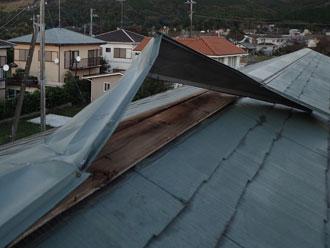 台風 棟板金飛散