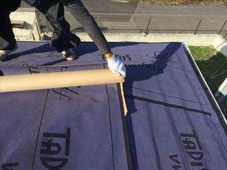 白子町の屋根カバー工事|塩害に強いスーパーガルテクトで施工