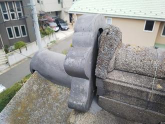 千葉市美浜区磯辺で鬼瓦の落下を防ぐ為に棟取り直し工事ビフォー