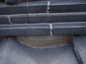 浦安市堀江で行った瓦屋根調査で雨漏りの原因になっているコーキング処理