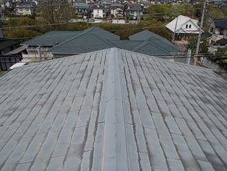 千葉市若葉区若松町で防水性低下のスレート屋根を金属カバー工事で防水性・耐久性アップビフォー