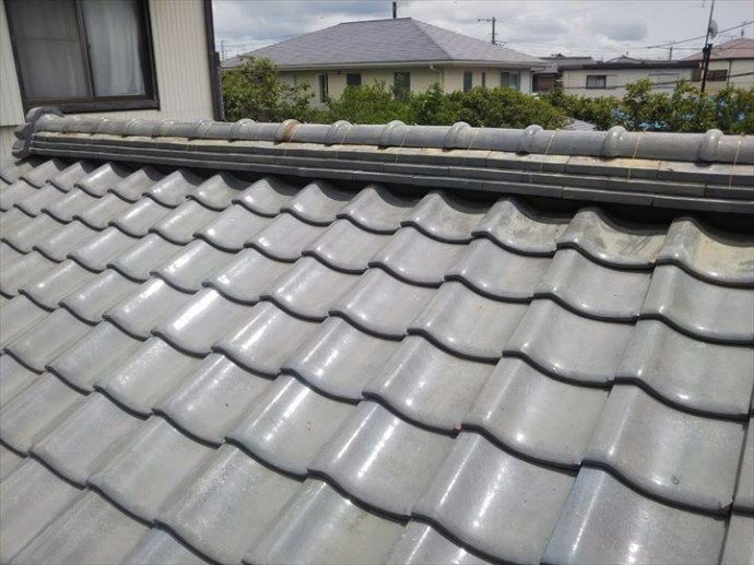 野田市船形で行った瓦屋根の棟取り直し工事は軽量シルガードを使用し防水性や耐久性に優れた棟になりました