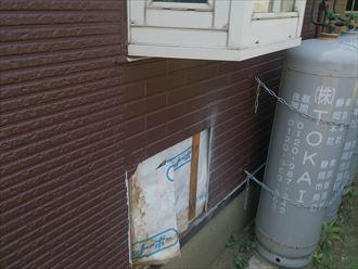 木更津市のアパートでシロアリ点検の床下点検口作成