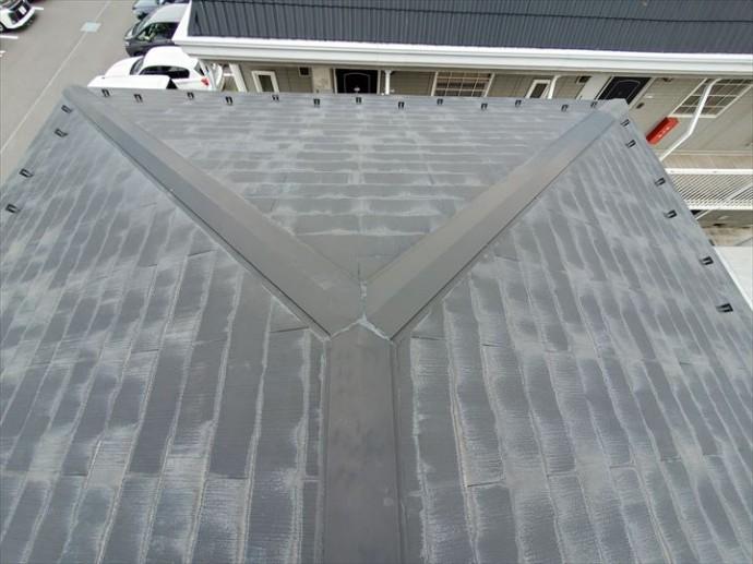 野田市上花輪で行った化粧スレート屋根調査で塗膜が剥がれて色褪せています