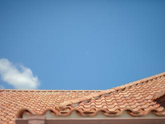 S形瓦の屋根