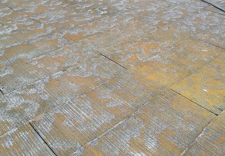 富津市新井にて台風による大雨で雨漏り、屋根葺き替えまたはカバー工法で雨漏り補修をご提案