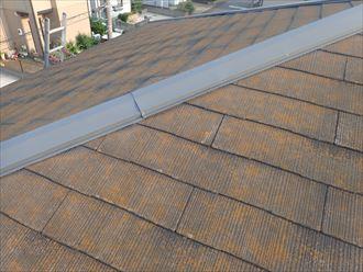 市川市真間で行った化粧スレート屋根調査で塗装が劣化すると防水性や耐久性の低下に繋がります
