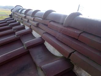 袖ケ浦市にて1年前から発生している雨漏りを棟の取り直し工事・防水紙葺き直しで改善