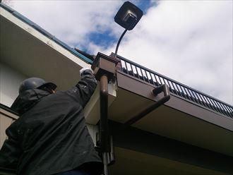 千葉市中央区で破風と雨樋補修部を塗装で仕上げました