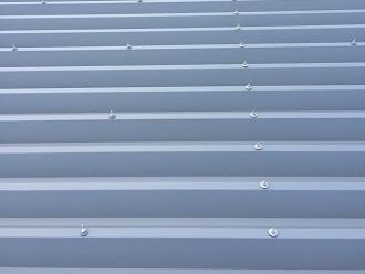 トタンの折板屋根