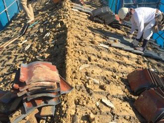 土葺きの屋根の工事
