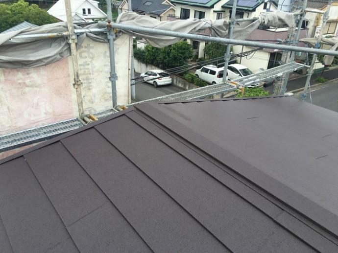 竣工、カーバーガルテクトによる屋根カバー工事