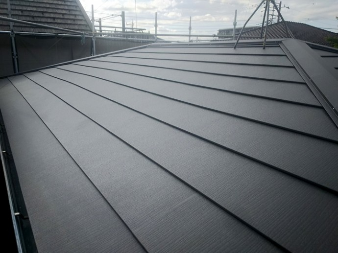 スーパーガルテクトへの屋根葺き替え完了