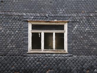 window-3285241_640